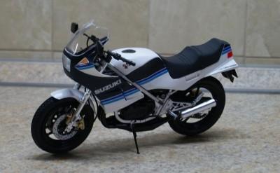 Мои модели 1 12, 1 10 и др. Riggs  - 112 Suzuki RG250T Gamma Tamiya (1).JPG