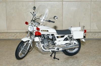 Мои модели 1 12, 1 10 и др. Riggs  - 112 Suzuki GSX 750 Police Tamiya (1).JPG