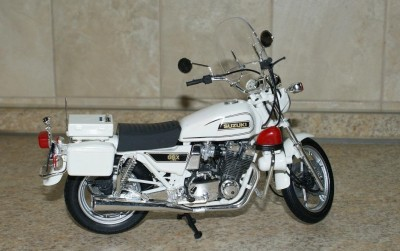 Мои модели 1 12, 1 10 и др. Riggs  - 112 Suzuki GSX 750 Police Tamiya (2).JPG