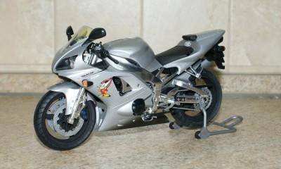 Мои модели 1 12, 1 10 и др. Riggs  - 112 Yamaha YZF-R1 Taira Racing Tamiya (1).JPG