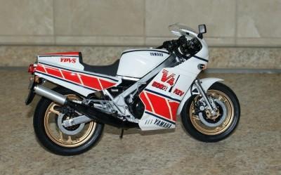 Мои модели 1 12, 1 10 и др. Riggs  - 112 Yamaha RZV500R Tamiya (2).JPG