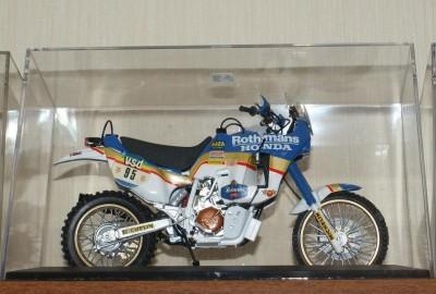 Мои модели 1 12, 1 10 и др. Riggs  - Honda NXR 750 - Tamiya (7).JPG