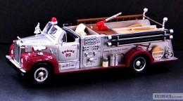 My trucks 1:32, 1:34 - 1960MackPumper-01.jpg