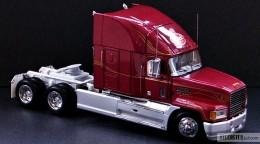 My trucks 1:32, 1:34 - MackTracktor-04.jpg