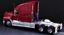 My trucks 1:32, 1:34 - MackTracktor-05.jpg