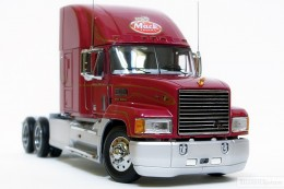 My trucks 1:32, 1:34 - Mack-17.jpg