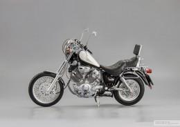 Мои модели 1 12, 1 10 и др. Riggs  - 1989 Yamaha XV 1100 Virago SCHUCO (3).jpg